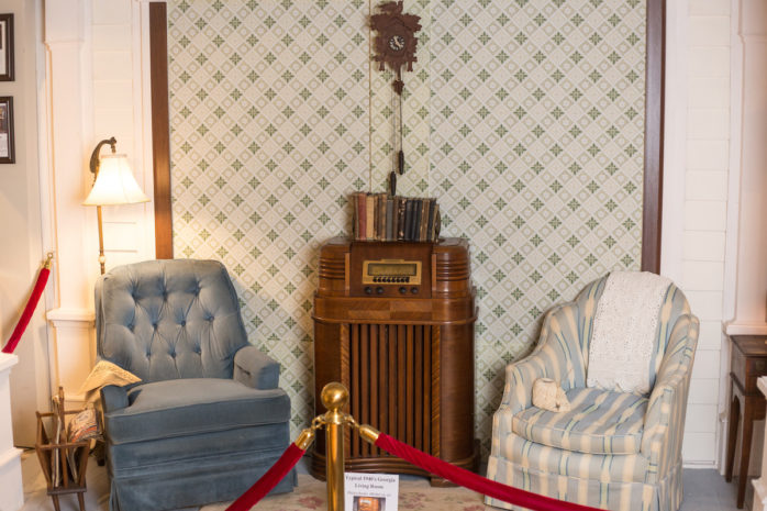 Georgia-Radio-Museum-American-Living-Room