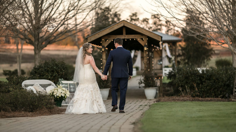 Oakhurst-Fram-wedding-venue-pine-mountain