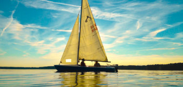 West-Point-Lake-Sailboat-Visit-LaGrange